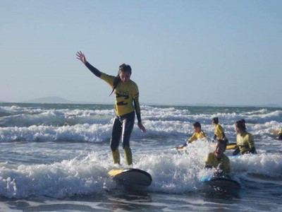 LEARN TO SURF IN PEMBROKESHIRE